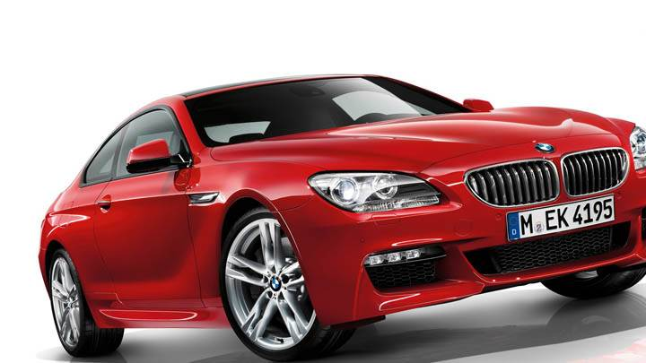 BMW F12 – Side Front Pose in Red