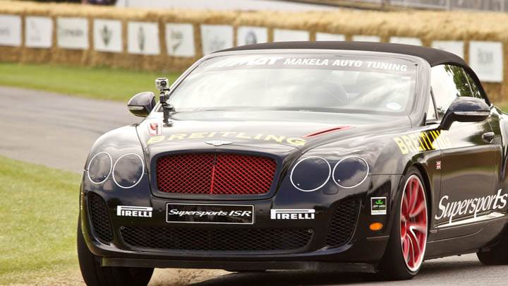 Bentley SuperSports ISR Running in Black