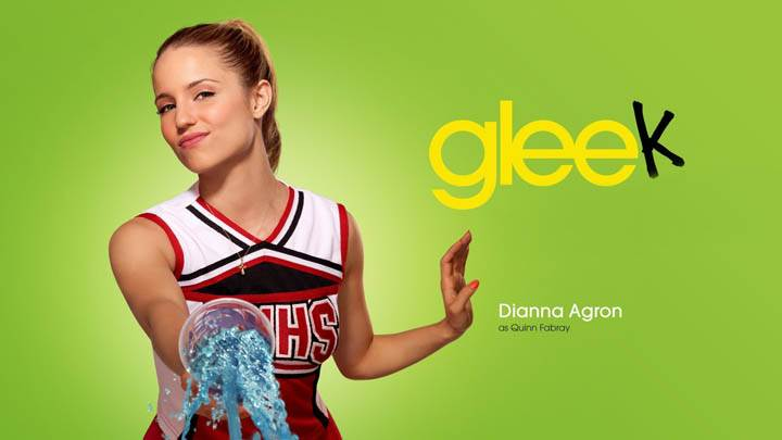 Dianna Agron Smiling Green Background in Glee