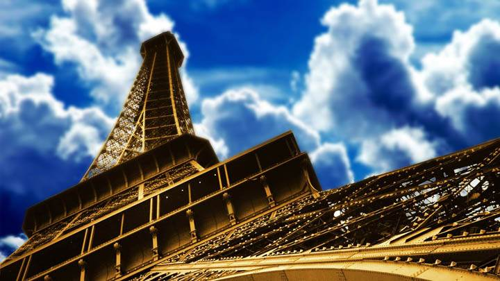 Eiffel Tower Paris Closeup Picture