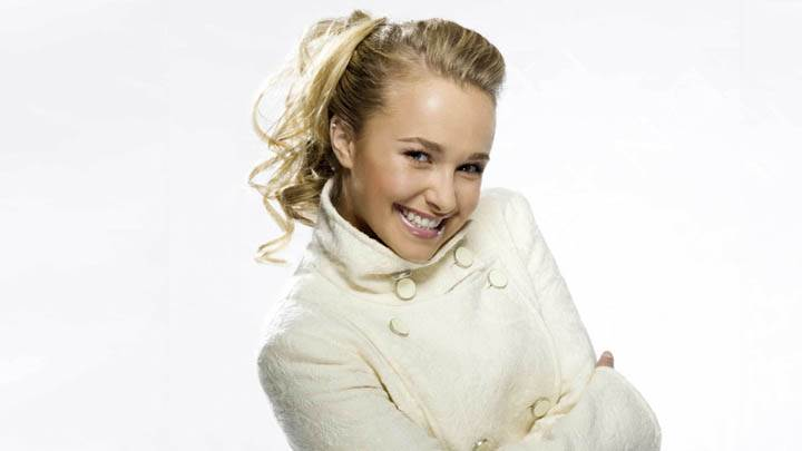 Hayden Panettiere Laughing Cute Face In White Dress