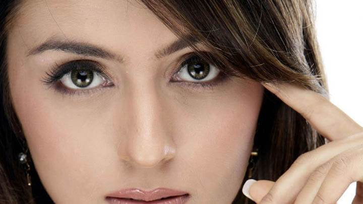Aarti Chhabria Looking Front Cute Face Closeup