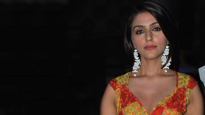 Aarti Chhabria Red Lips & Black Background