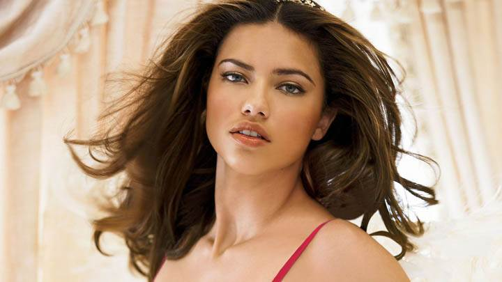 Adriana Lima Hot Looking Face