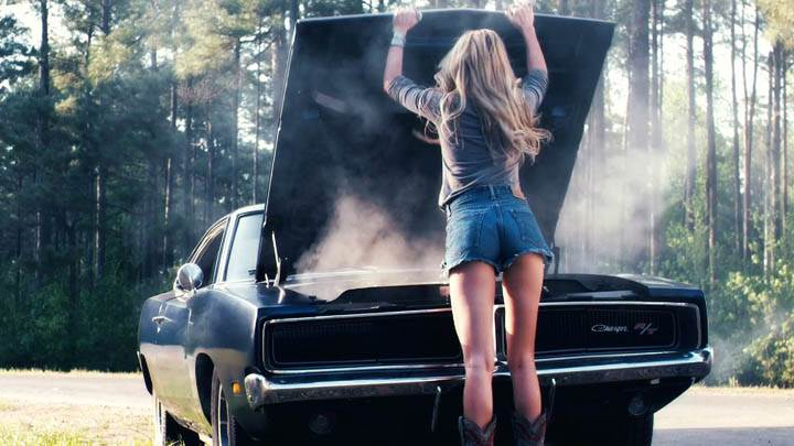 Amber Heard Checking Engine In Drive Angry