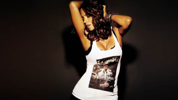 Halle Berry Front Pose in White Top