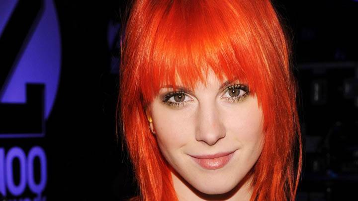 Hayley Williams Looking Front Face Closeup