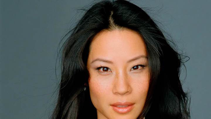 Lucy Liu Front Looking Photoshoot