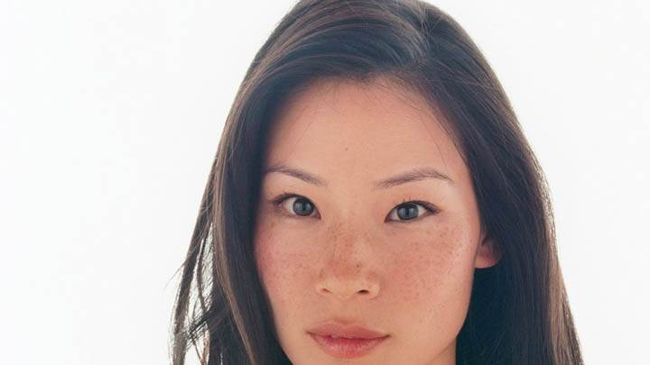 Lucy Liu Looking Front Face Closeup