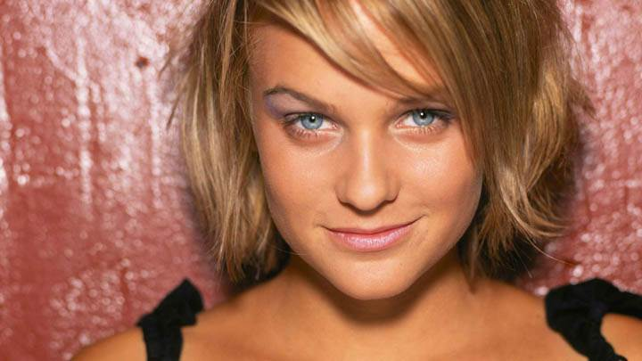 Mirjam Weichselbraun Smiling & Blue Eyes Face Closeup