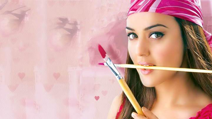 Preity Zinta – Brush In Mouth & Paiting