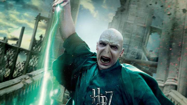Ralph Fiennes Attacking In Harry Potter And The Deathly Hallows Part 2