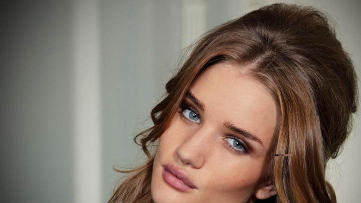 Rosie-Huntington-Whiteley Blue Eyes N Pink Lips Face Closeups