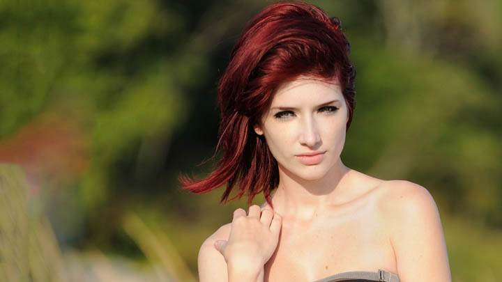 Susan Coffey Looking Front Photoshoot