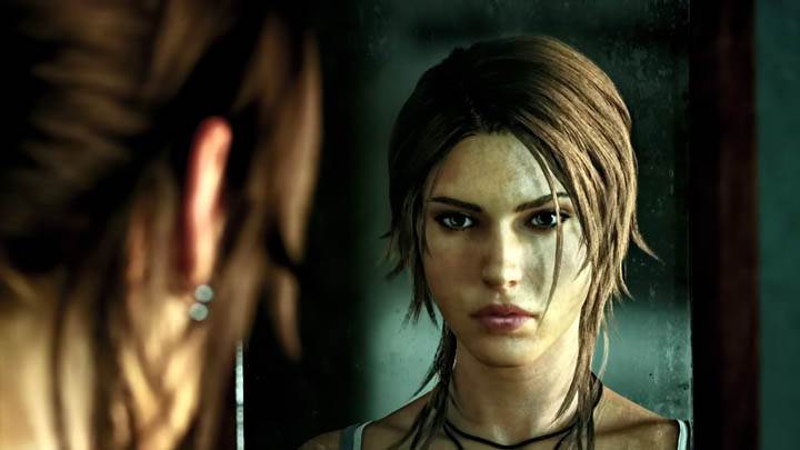 Tomb Raider – Lara Croft Looking in The Mirror
