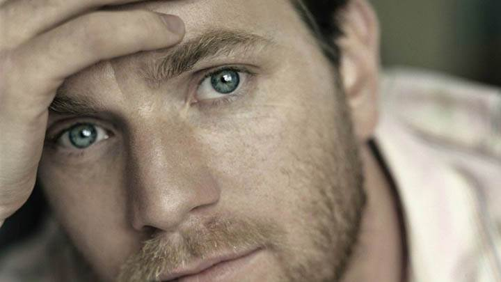 Ewan Mcgregor Ultra Face Closeup