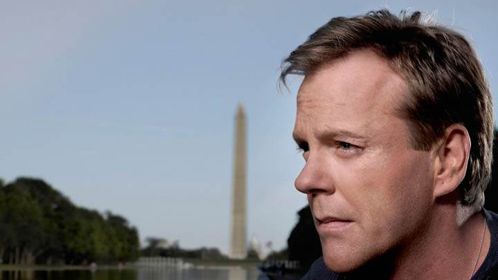 Kiefer Sutherland Sad Photoshoot In Side Pose