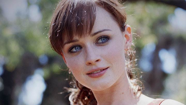 Alexis Bledel Cute Smiling Face Closeup