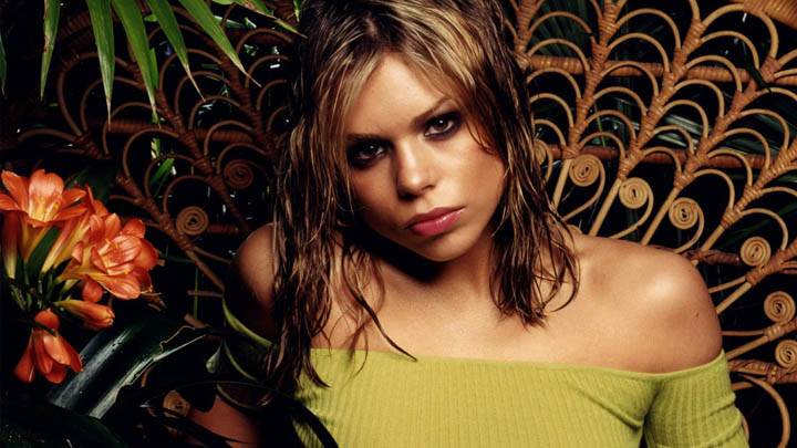 Billie Piper Pink Lips in Green Top