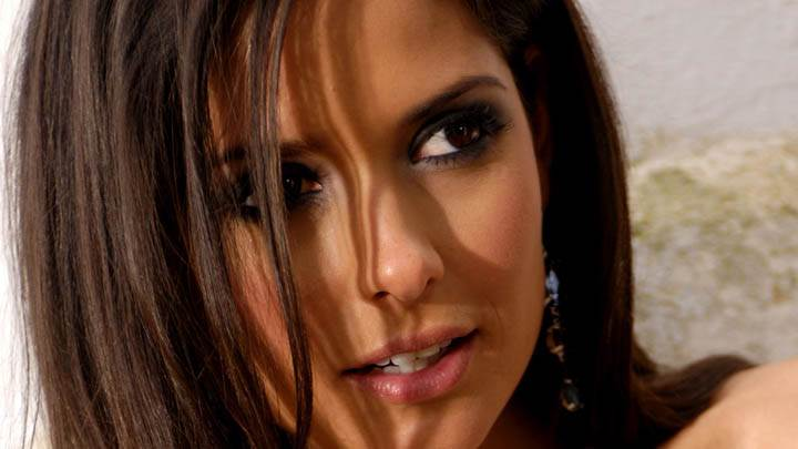 Carla Ossa Pink Lips Face Closeup