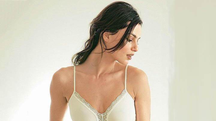 Catrinel Menghia In White Nighty Looking Side Face Photoshoot
