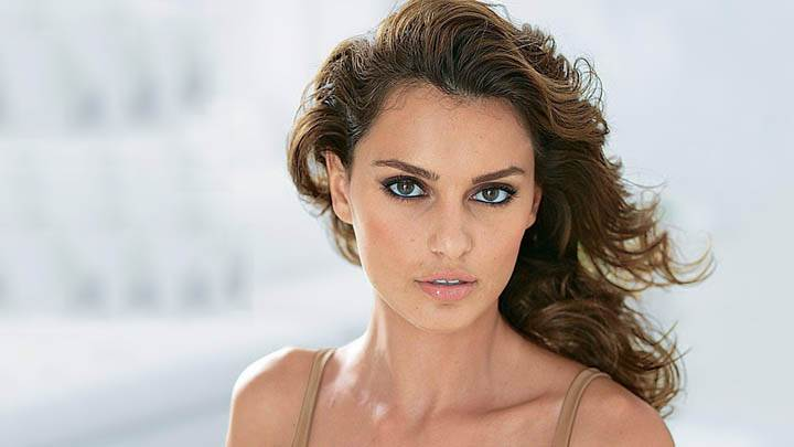 Catrinel Menghia Looking Front Face Photoshoot