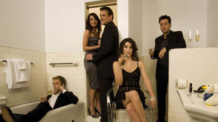 How I Met Your Mother – Photoshoot In Bathroom