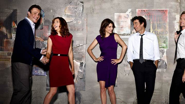 How I Met Your Mother – Smiling & Laughing