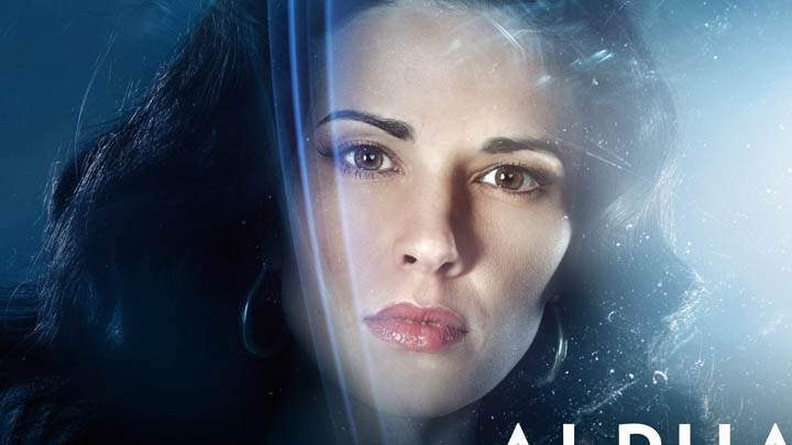 Laura Mennell Face Closeup In Alphas