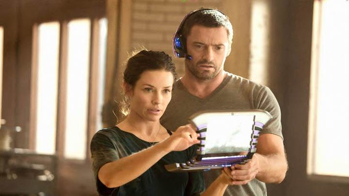 Still Of Hugh Jackman And Evangeline Lilly In Real Steel