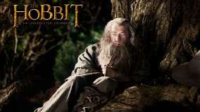The Hobbit &#8211; An Unexpected Journey &#8211; Ian Mckellen Sitting Pose Photoshoot