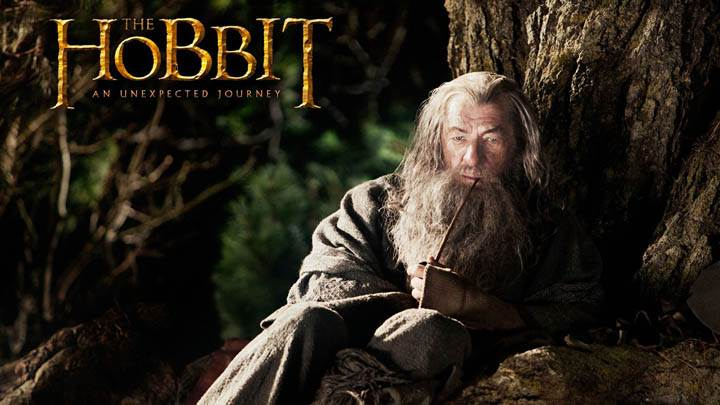 The Hobbit – An Unexpected Journey – Ian Mckellen Sitting Pose Photoshoot