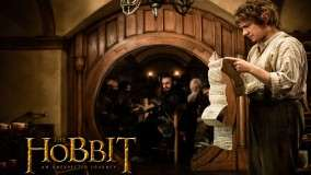 The Hobbit – An Unexpected Journey – Martin Freeman Reading A Papers