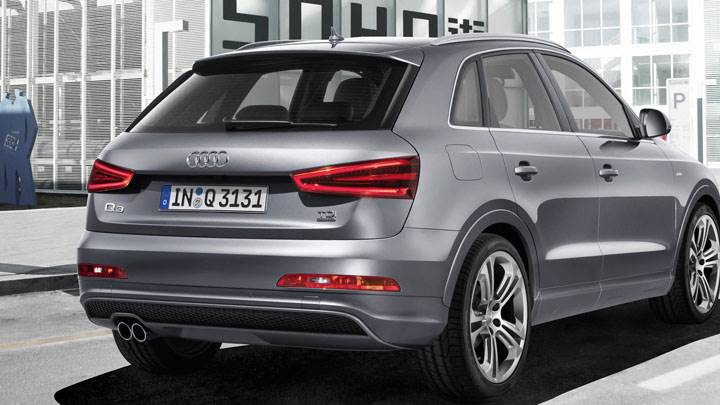2012 Audi Q3 Quattro S Line – Back Pose Silver Color
