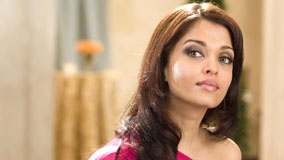 Aishwarya Rai In Pink Top Side Face Pose
