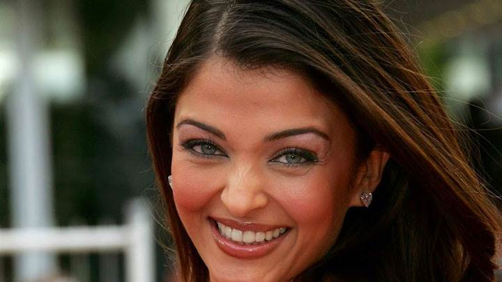 Aishwarya Rai Laughing Face Closeup
