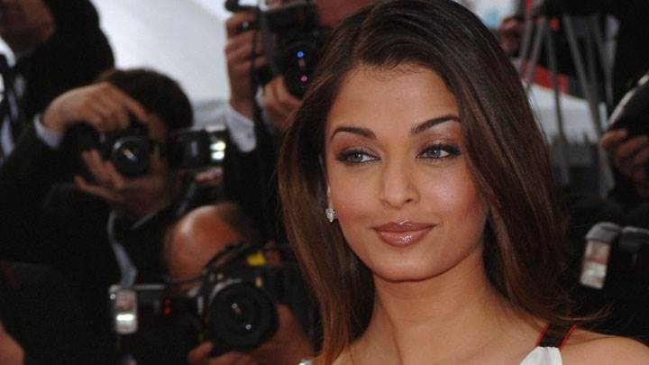 Aishwarya Rai Wet Lips And Charming Face