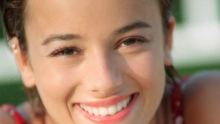 Alizee Jacotey White Teeth Red Lips Face Closeup