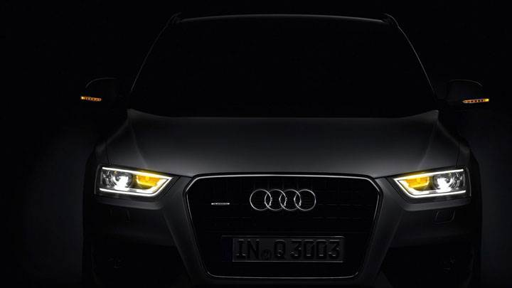 Audi Q3 Front Picture in Dark