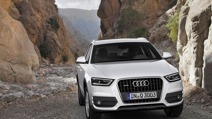 Audi Q3 White Color In a Valley