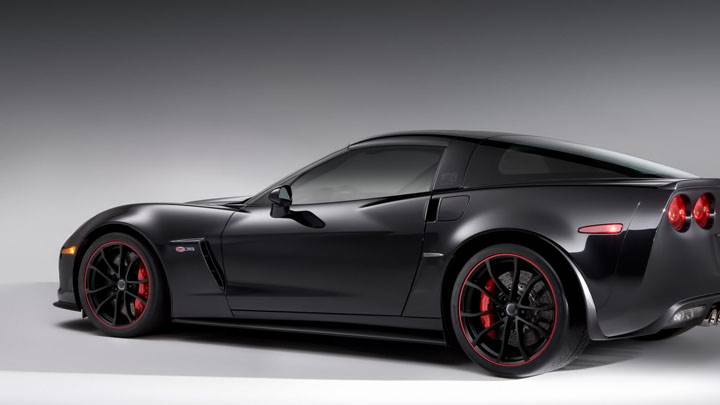 Black Chevrolet Centennial Edition Corvette Z06 Side Pose