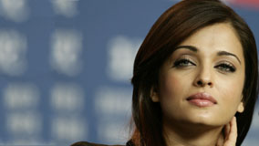 Cutest Face Closeup Of Aishwarya Rai