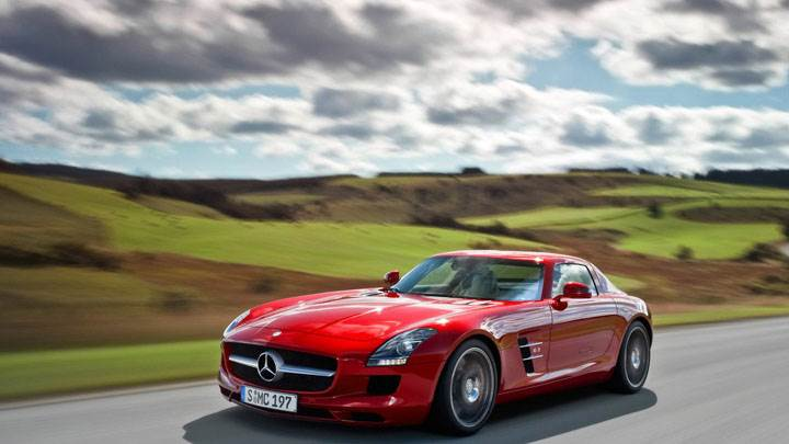 Mercedes Benz SLS Amg Running On Highway