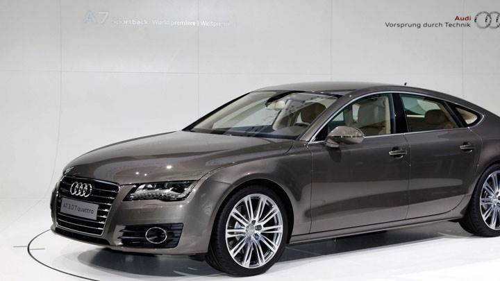 2011 Audi A7 Sportback Side Pose in Brown