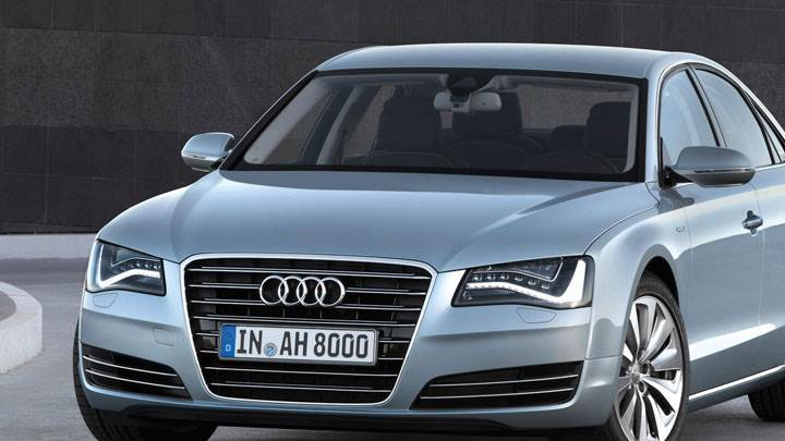 2012 Audi A8 Hybrid In Green Color