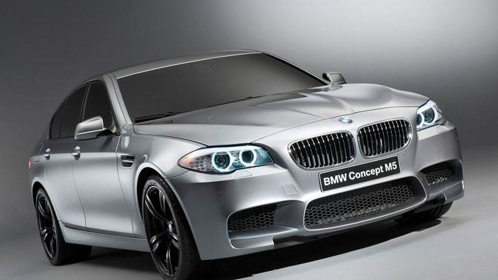 2012 BMW M5 Concept Side Front View