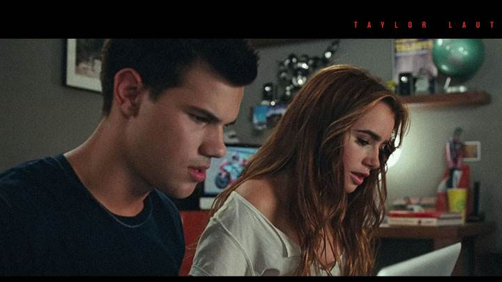 Abduction – Taylor Lautner And Lily Collins Reading Something