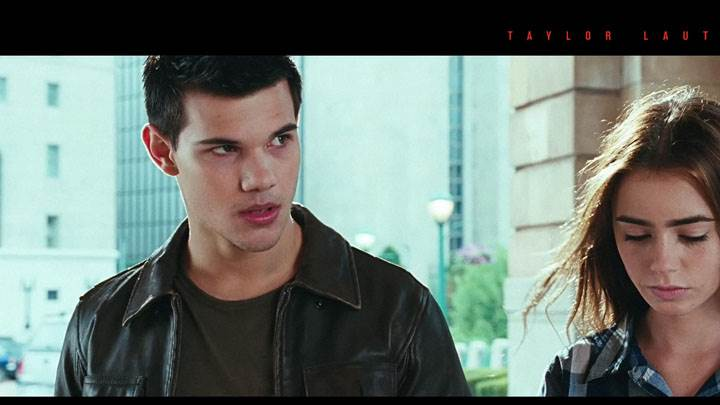 Abduction – Taylor Lautner And Lily Collins Sad Face