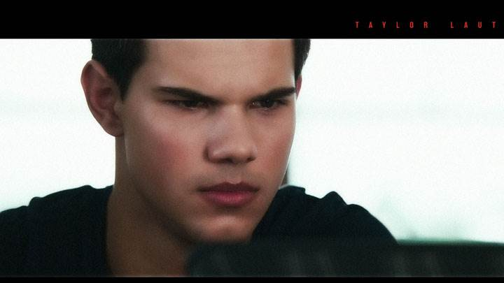 Abduction – Taylor Lautner Sad Face Closeup