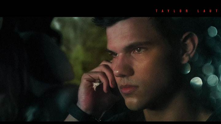 Abduction – Taylor Lautner Talking On Phone, Side Face